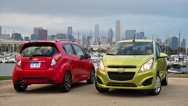chevrolet spark 2014 tinmoi Có 200 triệu, sắm mẫu ô tô cũ nào cho hợp lý?