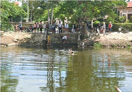 Video: Hiện trường vụ 3 cháu nhỏ chết đuối thương tâm khi đi câu cá 1