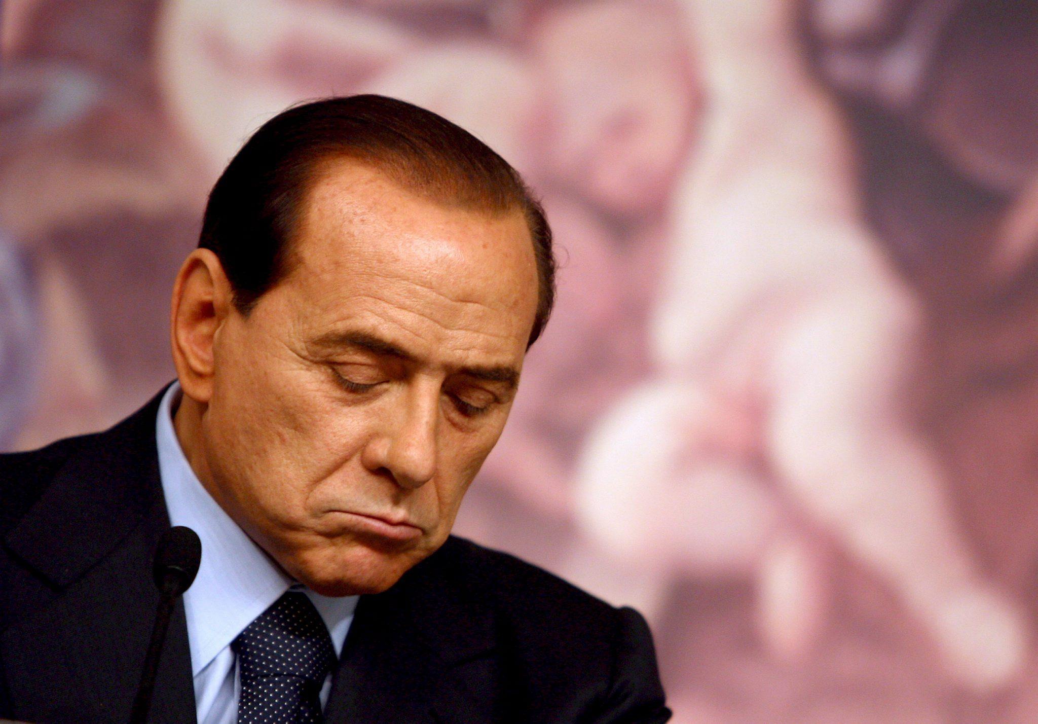 Cựu thủ tướng Berlusconi nhập viện vì bệnh tim 1