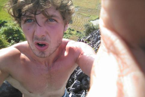 Tìm thấy thi thể du khách Anh mất tích: Hành động bất ngờ của người thân