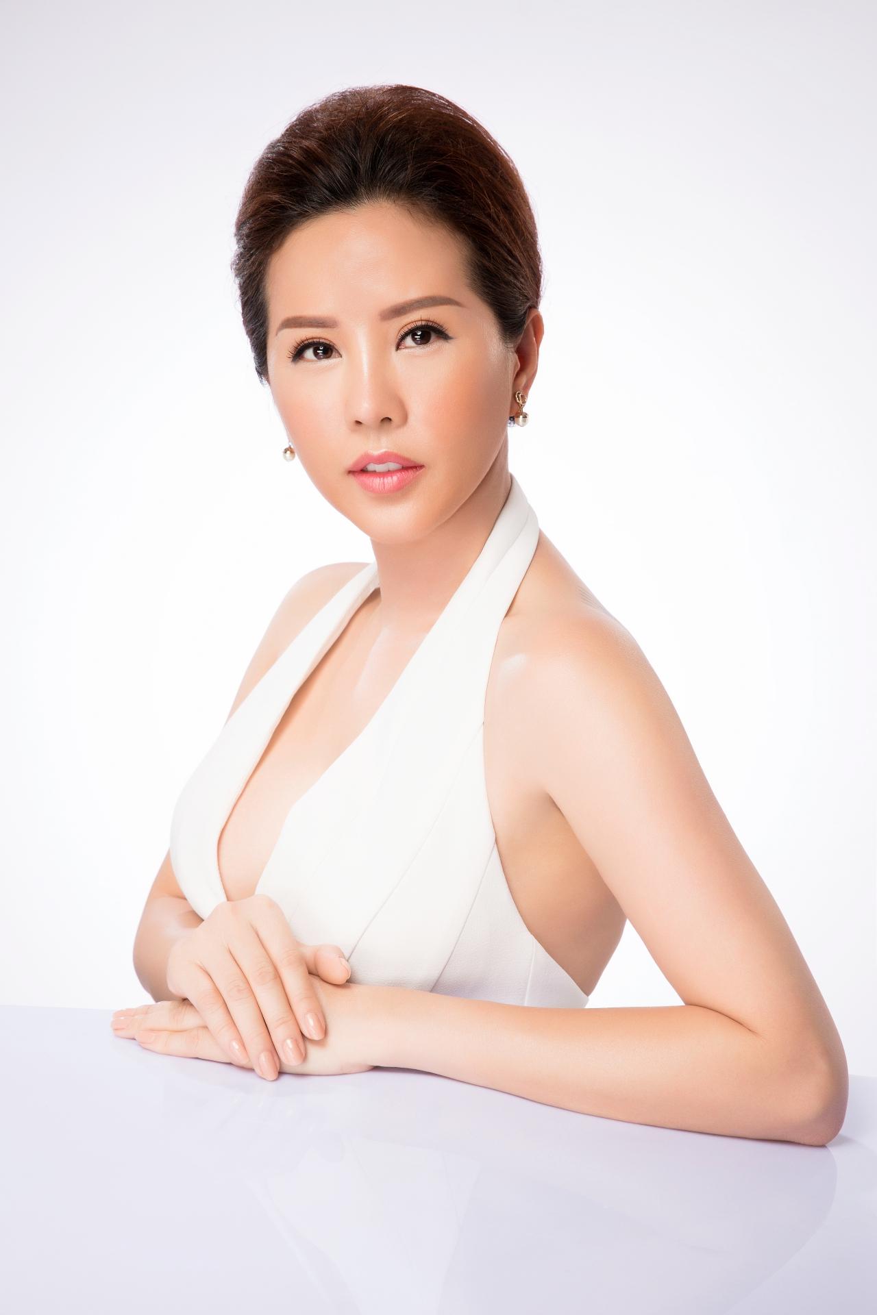 Hoa hậu Thu Hoài: Ai nói showbiz không có tình người! 3