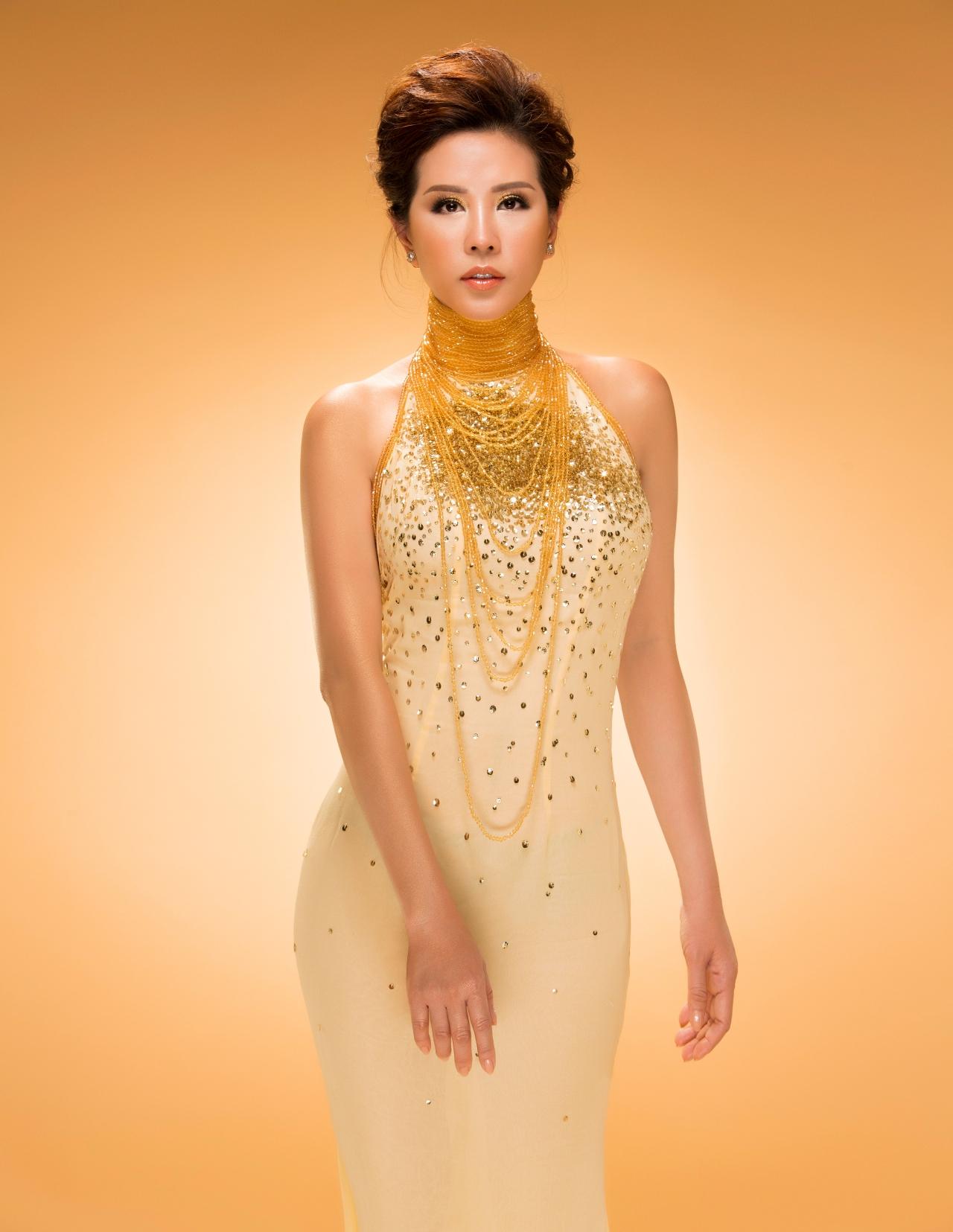Hoa hậu Thu Hoài: Ai nói showbiz không có tình người! 7