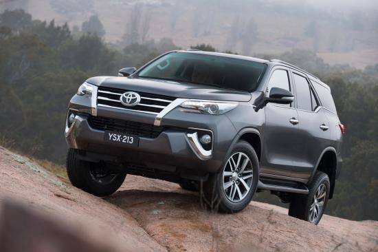 Hình ảnh Toyota là thương hiệu xe hơi giá trị nhất thế giới năm 2016 số 1