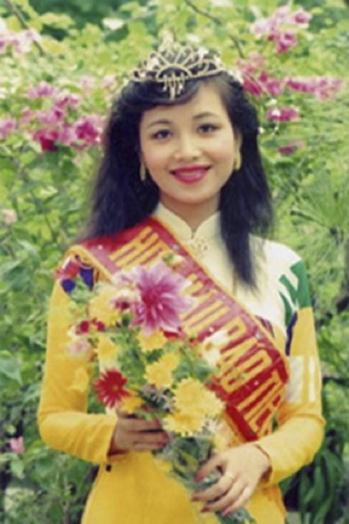 Chân dung Hoa hậu thông thạo nhiều thứ tiếng nhất Việt Nam 1