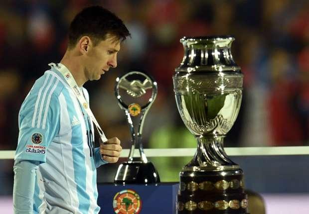Messi: 11 năm thăng trầm cùng ĐT Argentina 10