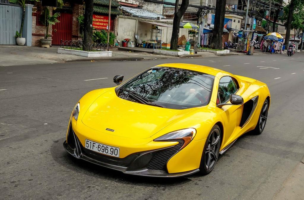 Thiếu gia Phan Thành khoe 8 siêu xe đắt tiền  3