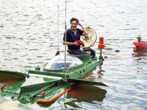 Cận cảnh tàu ngầm Hoàng Sa 4