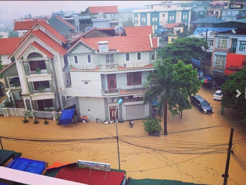 Chùm ảnh: Quảng Ninh ngập lụt sau trận mưa lớn kéo dài 1