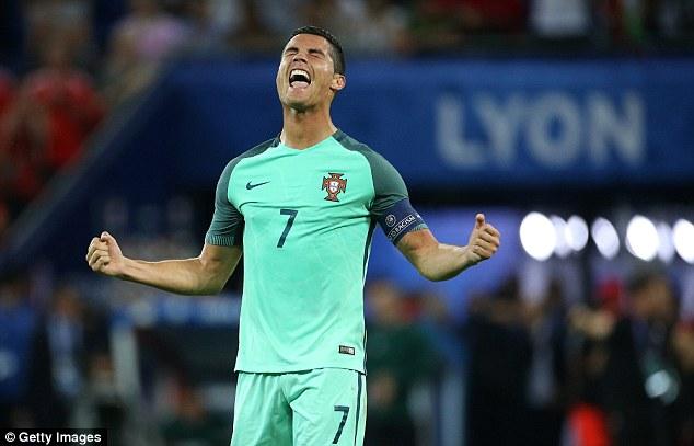 Chung kết Euro 2016: Bồ Đào Nha lép vế trước Pháp 3