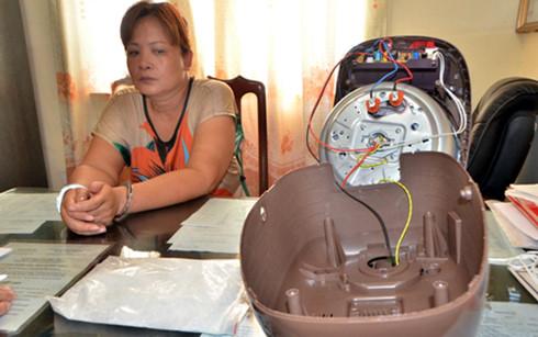 Người phụ nữ 48 tuổi giấu nửa cân ma túy dưới đáy nồi cơm điện 1