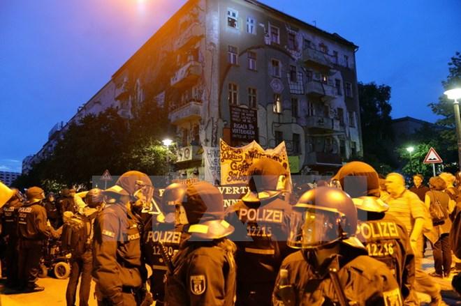 Hơn 120 cảnh sát Đức bị thương trong cuộc bạo loạn tại Berlin 1
