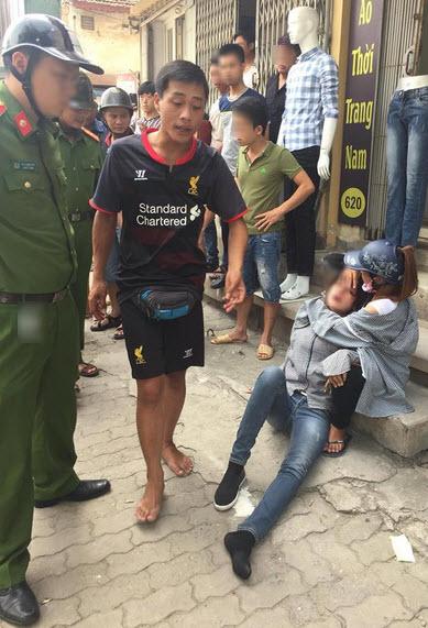 Thanh niên cầm gạch đánh bạn gái nhập viện trên phố Hà Nội 2