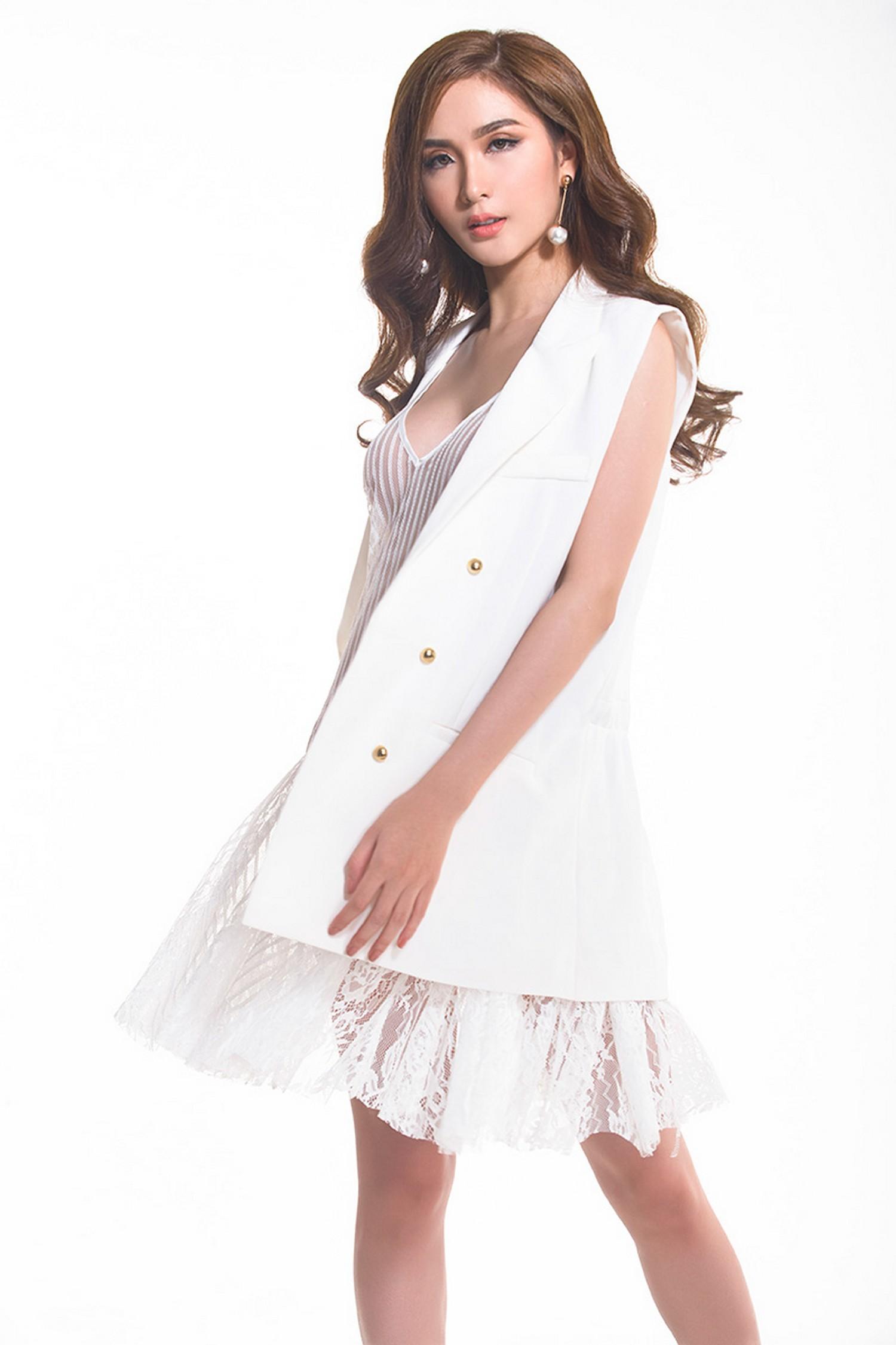 Vẻ đẹp như hoa hậu của Ngọc Loan đội Phạm Hương tại The Face 2