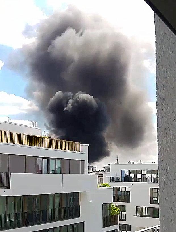 Đức: Berlin rung chuyển vì nổ lớn 2