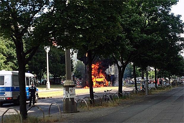 Đức: Berlin rung chuyển vì nổ lớn 3