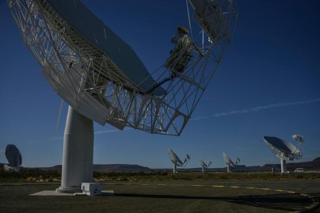 Kính viễn vọng vô tuyến lớn nhất thế giới phát hiện hơn 1.300 thiên hà 2