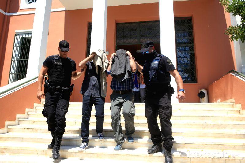 Các sỹ quan đảo chính Thổ Nhĩ Kỳ trốn sang Hy Lạp bị xử tù treo 1