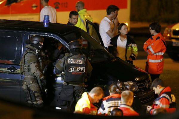 Xả súng vào trẻ em ở Đức,  ít nhất 10 người chết 2