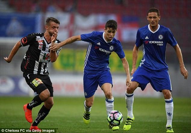 Cầu thủ Chelsea tiết lộ sơ đồ lạ của Conte ở mùa giải mới 1