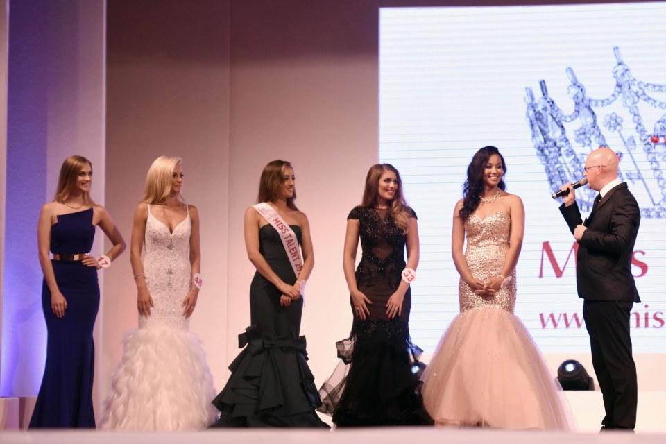 Tân Hoa hậu Anh 2016 bị chê sở hữu thân hình kém thon gọn 7