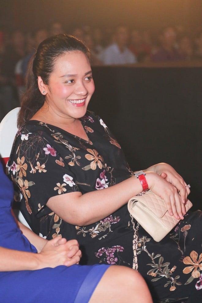 Bà xã đại gia của Thanh Bùi mang song thai 2