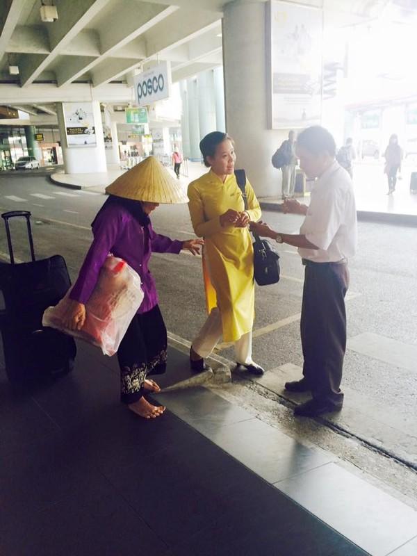 Những hành xử khó tin của nhân viên Vietnam Airlines đối với khách hàng 1
