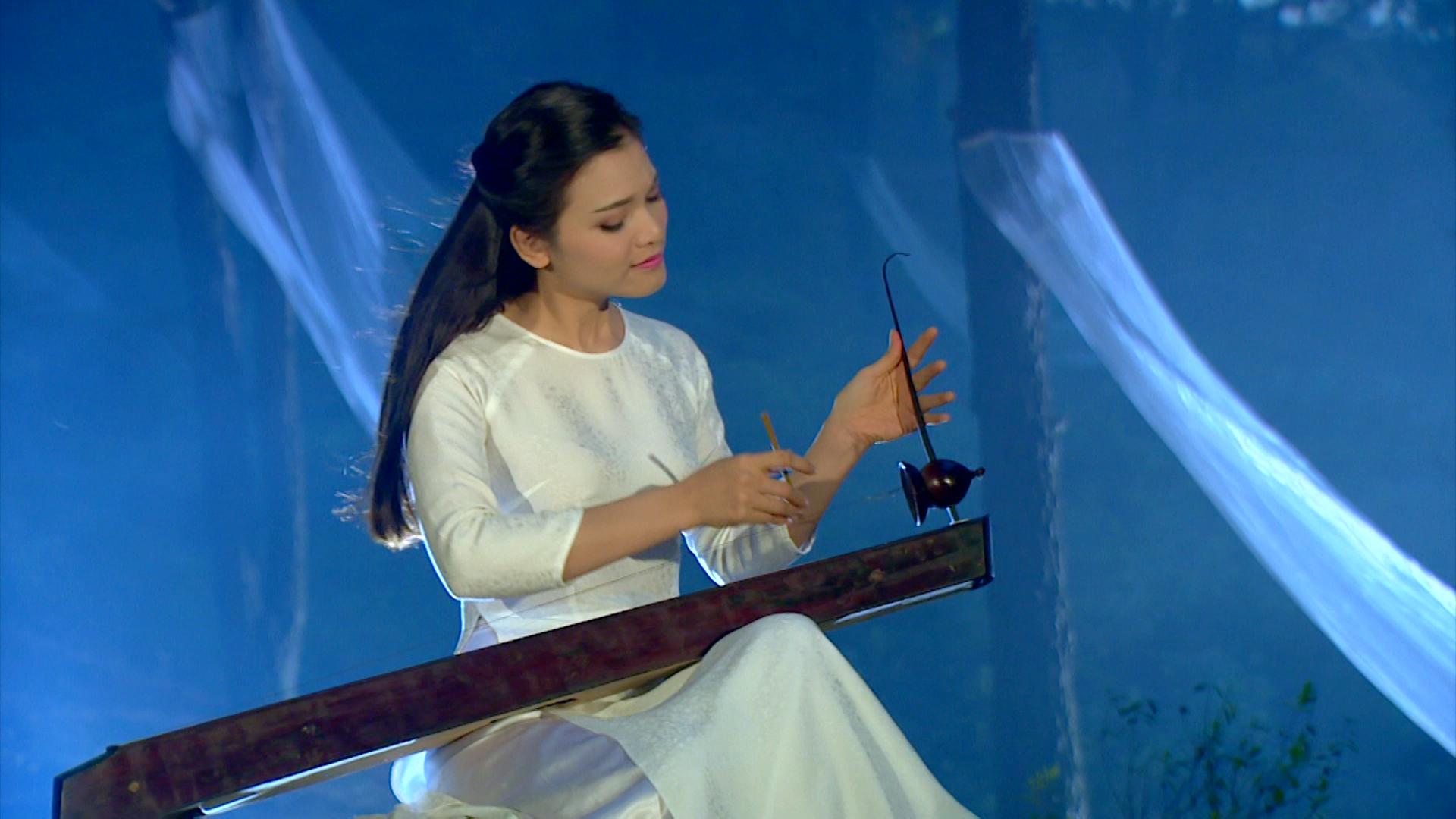 MV về 10 cô gái ngã ba Đồng Lộc của Phạm Phương Thảo gây xúc động 1