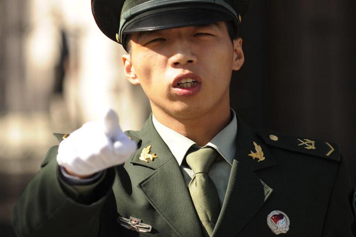 Trung Quốc chính thức cho phép quay phim cảnh sát làm nhiệm vụ 1