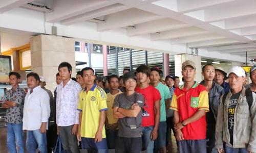 Indonesia trao trả 65 ngư dân Việt bị bắt do đánh bắt trái phép 1