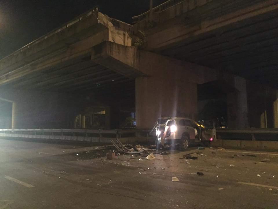 Tranh cãi vụ ôtô lao từ cầu cạn xuống đất, tài xế tử vong: Luật sư nói gì? 1