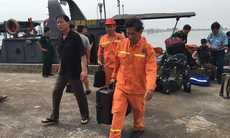 Trục vớt thành công máy bay Su30 gặp nạn trên vùng biển Nghệ An 1