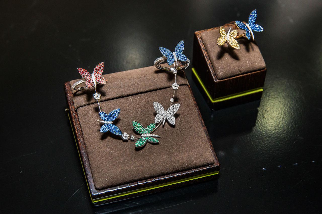 Lý Nhã Kỳ tổ chức triển lãm kim cương triệu đô 4