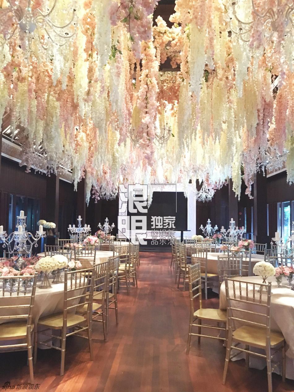 Phạm Băng Băng và Châu Tấn song ca hết mình tại đám cưới Lâm Tâm Như 11