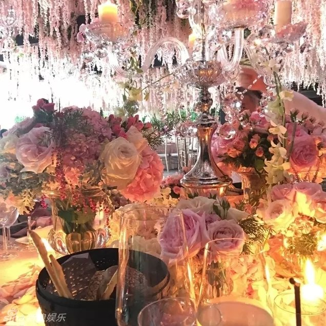 Phạm Băng Băng và Châu Tấn song ca hết mình tại đám cưới Lâm Tâm Như 12