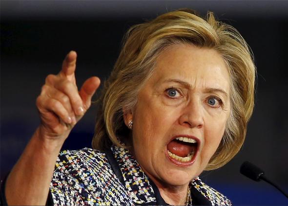Hillary lên án việc Trump 'nịnh' Nga 2