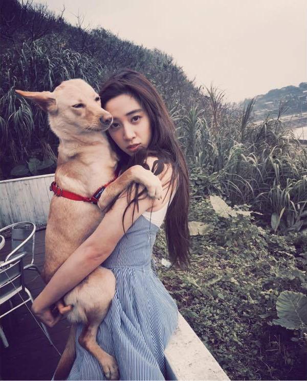 Cận cảnh nhan sắc xinh đẹp cặp ái nữ của đại gia Đài Loan 2