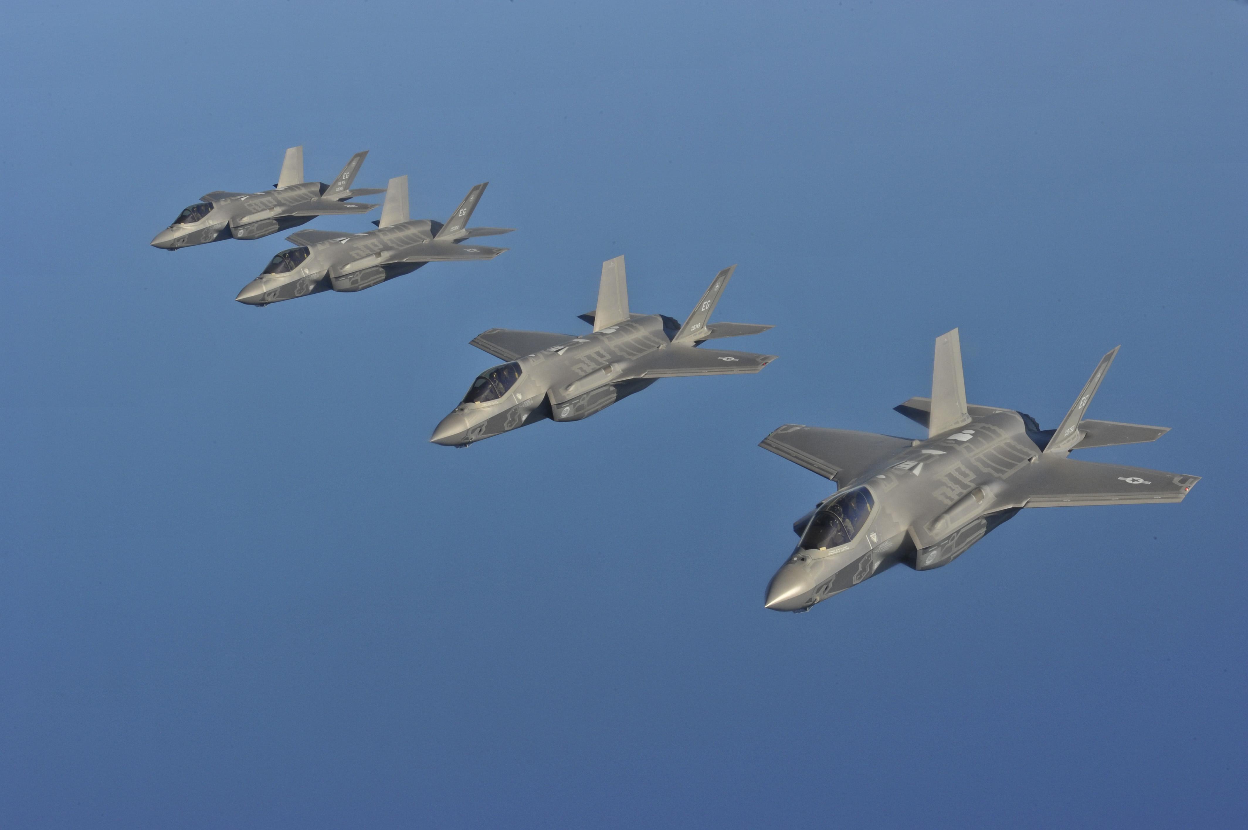 Phi đội siêu tiêm kích F-35A của Mỹ đã sắn sàng chiến đấu 1