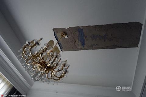 Đại gia Trung Quốc tá hỏa phát hiện sự thật trong biệt thự 52 tỷ 1
