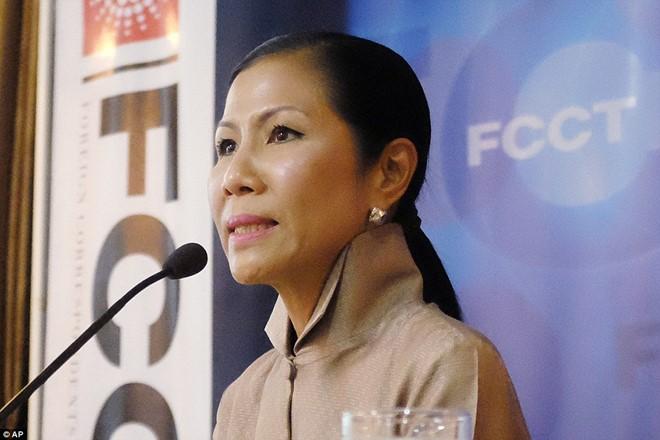 Khu đèn đỏ nổi tiếng Thái Lan vẫn nhộn nhịp sau lệnh cấm 1