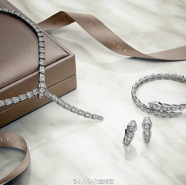 Lâm Tâm Như chi hàng tỷ đồng cho trang sức dùng trong hôn lễ 7