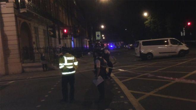 Đâm dao London: 6 người thương vong 1