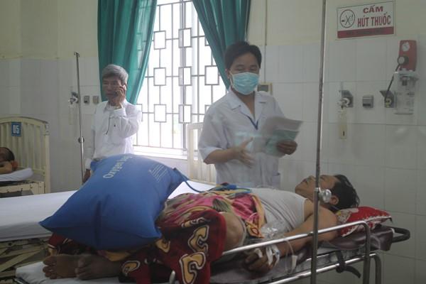 Nhậu cá nóc, 5 người nhập viện ở đảo Lý Sơn 1