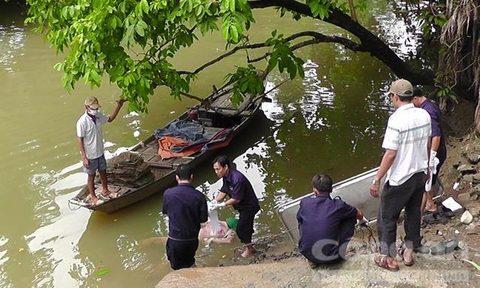 Thi thể người đàn ông với nhiều vết đâm nổi trên sông Đồng Nai 1