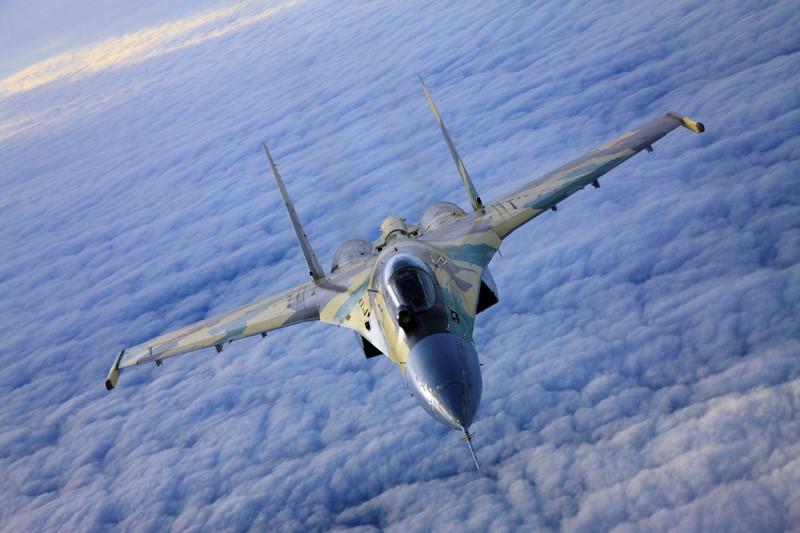 Trung Quốc mua 24 tiêm kích Su-35 hiện đại nhất từ Nga 1