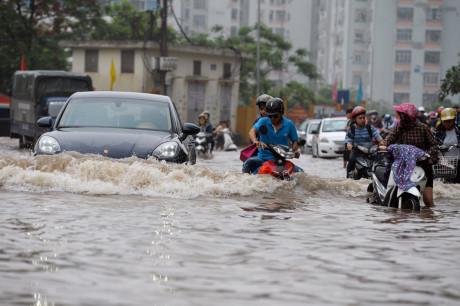 Chăm sóc ôtô mùa mưa bão 2