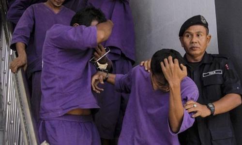 Nghi phạm hiếp dâm thiếu nữ thoát án tù nhờ cưới nạn nhân 1