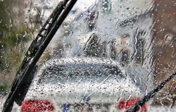 Chăm sóc ôtô mùa mưa bão 1