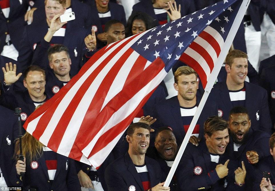 Rực rỡ sắc màu Lễ khai mạc Olympic Rio 2016 2