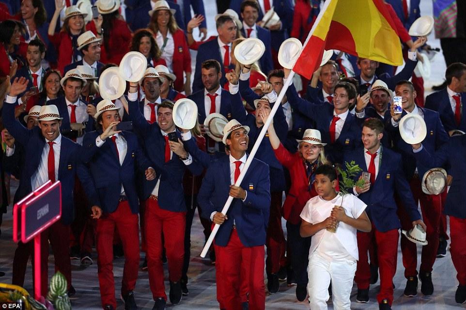 Rực rỡ sắc màu Lễ khai mạc Olympic Rio 2016 3