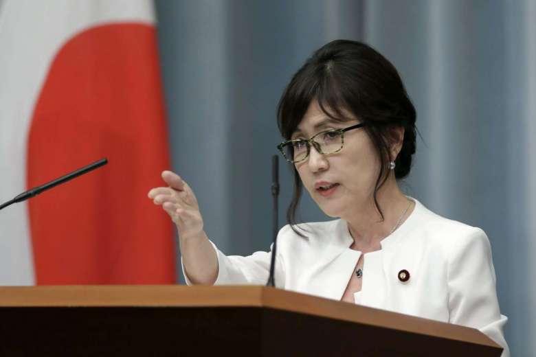 Trung Quốc tức tối khi bị nữ bộ trưởng quốc phòng Nhật phớt lờ 1